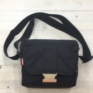 Manfrotto soft camera bag carrier case 6x8x4.5